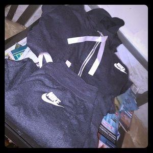 Nike capri hoodie set